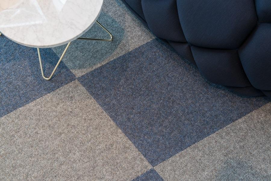 Textila plattor Tretford på Redbulls kontor.