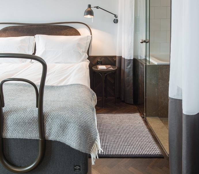 Handvävd matta Dag på Miss Clara Hotell, projekt av Wingårdhs.