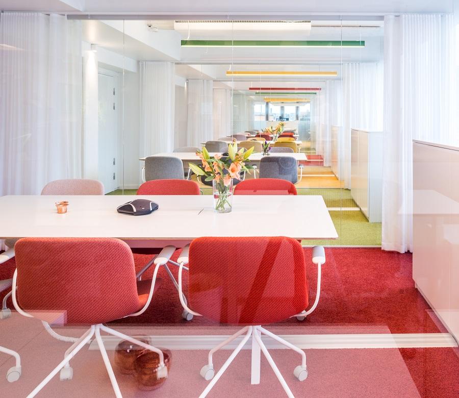 Matta Elara Exclusive 1066 på Trustlys kontor, projekt av före detta PS Arkitektur.