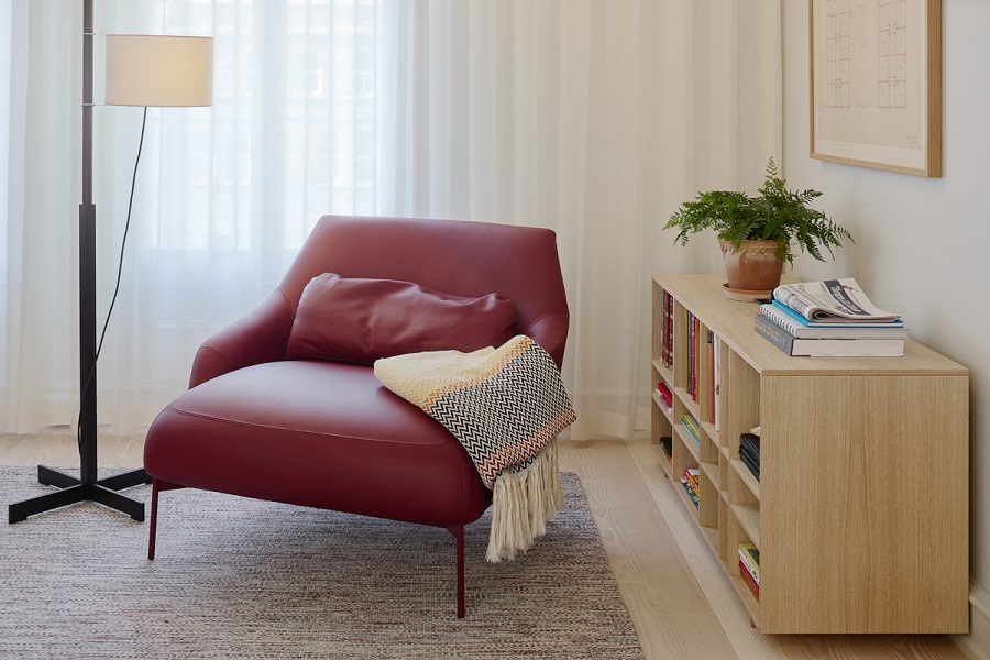 Handvävd matta i hotellrum på Villa Terminus Bergen, projekt av Claesson Koivisto Rune.