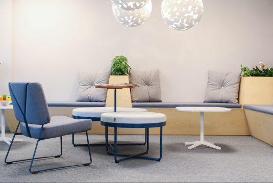 Heltäckande matta Tretford på Poolia's kontor, projekt av Part Bukowska.