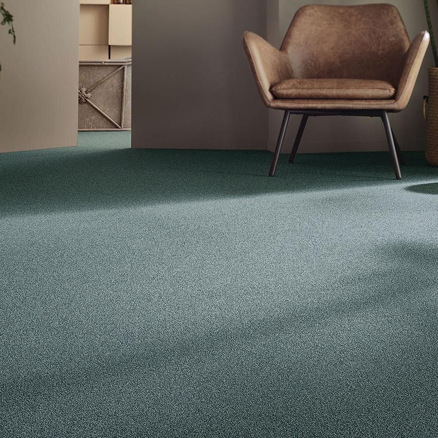 Heltäckande matta Punctum Essential 1032 färg 4G33 grön.
